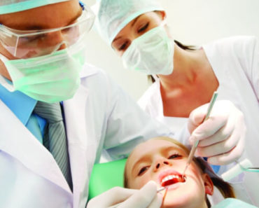 Auxiliar de consultório dentário: que profissão é essa