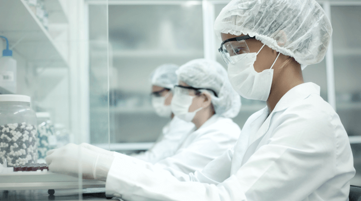 Conheça mais sobre a profissão de manipulador de medicamentos